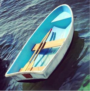 Frontierhero_boat